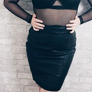 Dresses & Skirts - Perspective genuine leather pencil skirt.